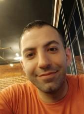 Hane Sandoka, 33, Palestine, Ramallah