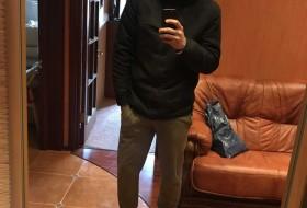 Pavel , 20 - Just Me