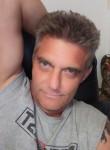 Chris, 40, Salina
