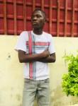 Edmar, 18, Luanda