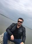 Maksim Gutnik, 40, Shakhty