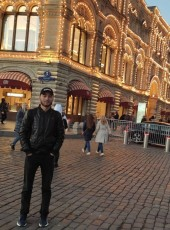 Bekhzod, 21, Russia, Moscow
