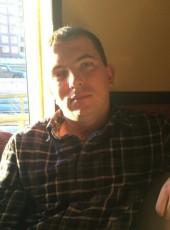 Konstantin, 31, Russia, Kirovsk (Leningrad)