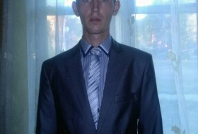 Anton, 27 - Just Me