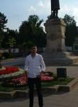 Matos, 25  , Kiev