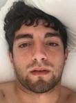 Vlo Babayan, 25  , Monsanto