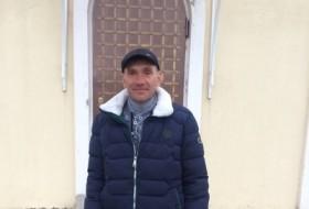 Vadim, 19 - Just Me