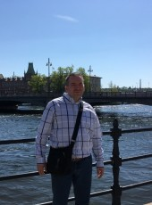 Konstantin, 48, Russia, Saint Petersburg