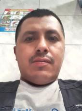 Walter , 31, Guatemala, Guatemala City