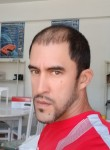 Leandro Peña L, 39  , Havana