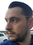 Cristofaro, 34  , Aversa