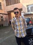 Vitalik , 23  , Pionki