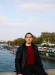 Yassine, 21  , Casablanca