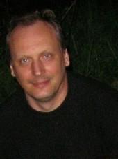 Vitaliy, 60, Russia, Saint Petersburg
