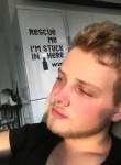 Aleksandr, 19, Kiev