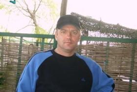 volodya, 54 - Just Me