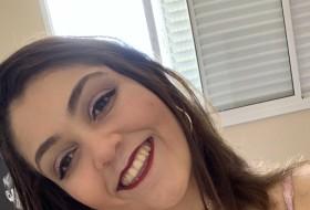 sara, 19 - Just Me
