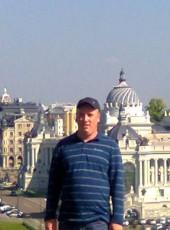 Kamil, 54, United Kingdom, London