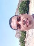 علي فتحي, 18  , Cairo