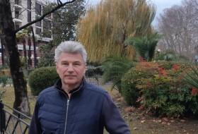 Mikhail, 59 - Just Me