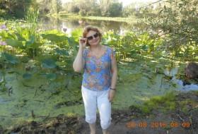 Nataliya, 57 - Just Me