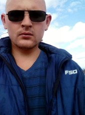 Yuriy, 31, Belarus, Shchuchin