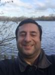 Wadih , 41, Bretigny-sur-Orge