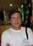 Nikolaj, 49  , Valencia