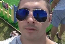 Aleksey, 32 - Just Me