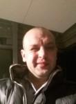 Sergey, 38  , Tumba