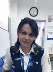 Oksana, 40, Russia, Kaliningrad