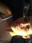 Anna, 18  , Goiania