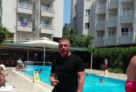 Timofey, 44 - Just Me