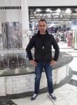 Petrit, 38  , Istok