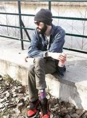 Sever, 30, Romania, Pitesti
