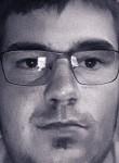 David, 27, Angers