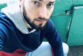 Sergiu, 26 - Just Me