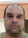 Miguel, 48  , L Hospitalet de Llobregat