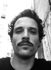 Marius, 31, France, Saint-Brieuc