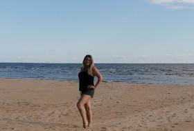 Albina, 39 - Just Me