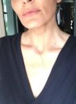 Desi, 35  , London