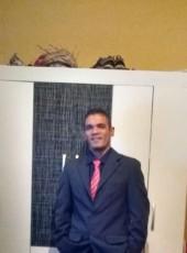 Valdir, 37, Brazil, Osasco