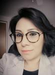 Adriana Cravio, 38  , Leon