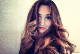 Kristina, 30 - Just Me