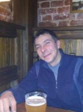 Viktor, 39, Russia, Saratov