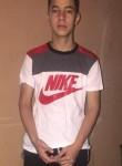 Denis, 18  , Tegucigalpa