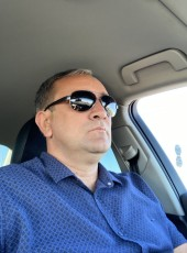 Vasil, 44, Abkhazia, Sokhumi