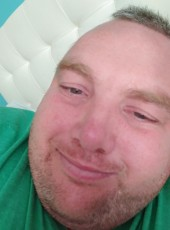 Robby Rice, 40, Canada, Niagara Falls