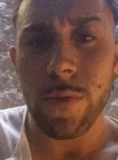 Giuseppe, 22, Italy, Bologna