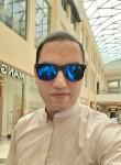 medoo, 33, Abu Dhabi